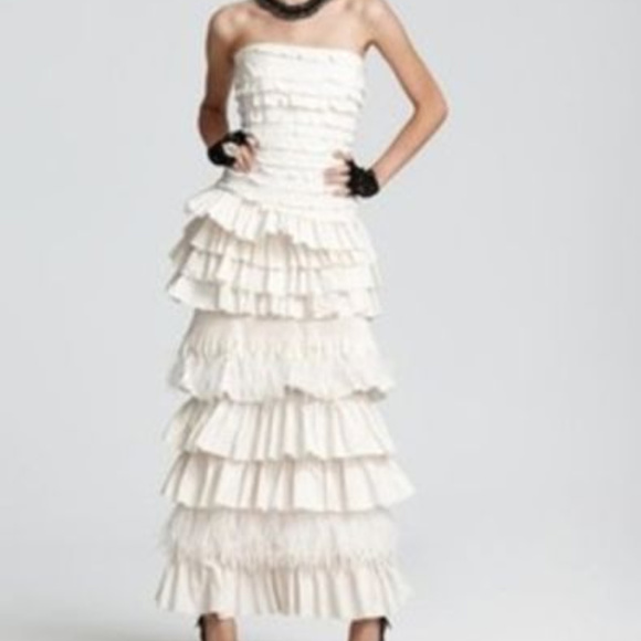 BCBG MaxAzria FeatherStraplessTiered CREAM 10 #422 Dresses & Skirts - BCBG MaxAzria FeatherStraplessTiered CREAM 10 #422